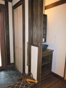 玄関ホール手洗い器