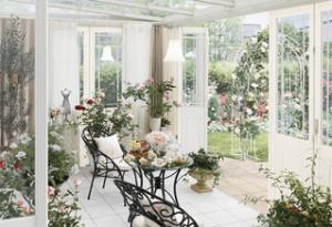 ガーデンルームでお花を楽しむ