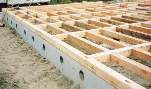 土台はシロアリに強いヒバ材を使用。埼玉県所沢市の彩建コーポレーション