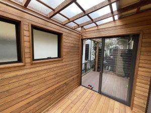 天然木で造ったリビングの延長としてのガーデンルームー埼玉県三芳町事例