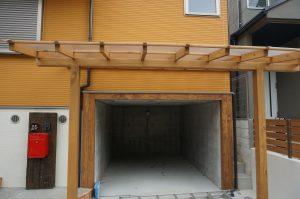 地下車庫の部分はRC造(鉄筋コンクリート造)の昆構造